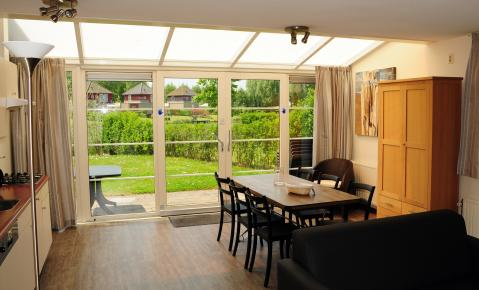 6-persoons bungalow Antibes Wellness