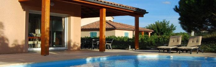 wilt u genieten van een vakantiehuis met priv zwembad. Black Bedroom Furniture Sets. Home Design Ideas