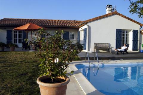 6-persoons vakantiehuis Vonne Private Pool