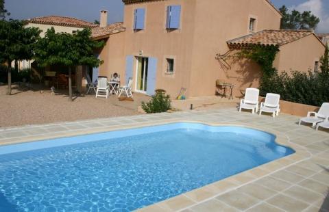 6-persoons vakantiehuis + Swimming pool
