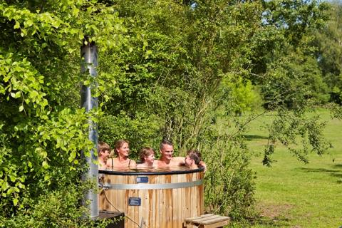 6-persoons bungalow Damhert Hottub