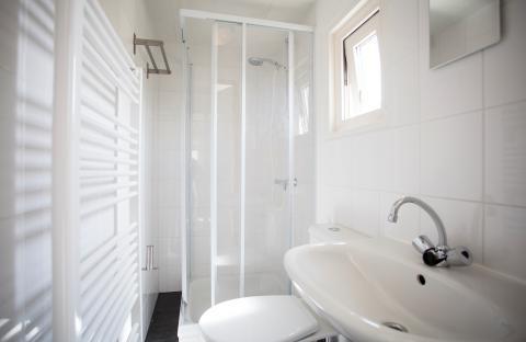 Badkamers Noord Holland : Chalets huren in egmond aan den hoef noord holland nederland