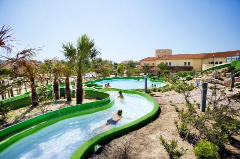 De leukste vakantieparken met subtropisch zwemparadijs